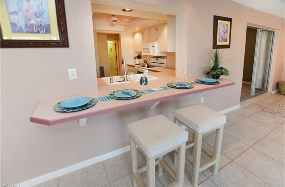 Flamingo Hideaway 3 bedrooms Private Pool Near Beach On Canal Sleeps 6 House / Cottage rental in Fort Myers Beach House Rentals in Fort Myers Beach Florida - #8