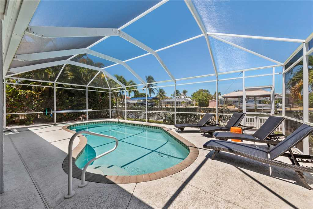 Ibis at the Beach 3 Bedrooms Heated Pool Boat Dock WiFi Sleeps 10