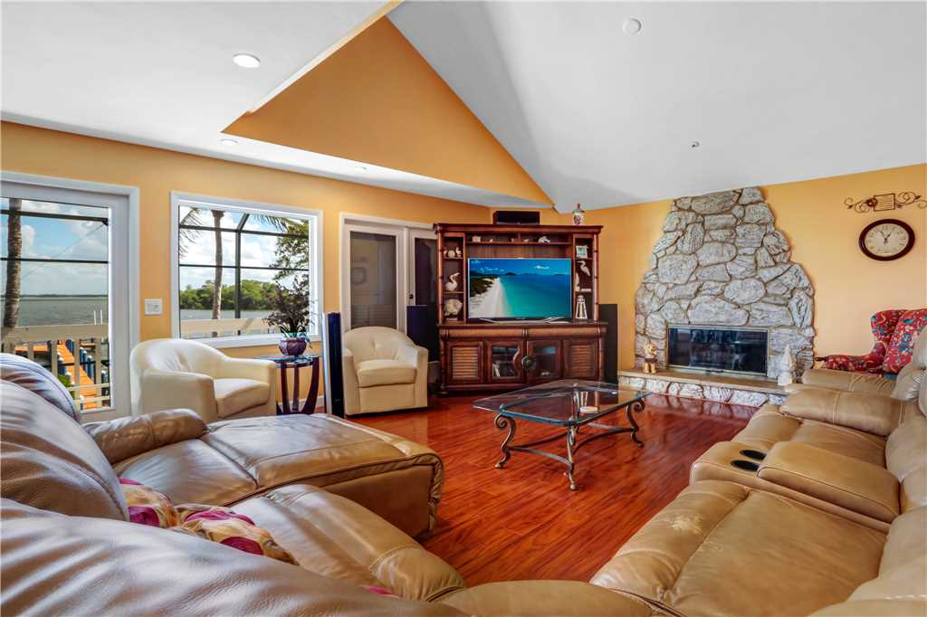 King Dolphin Hideaway 4 Bedrooms Private Heated Pool Spa Bay Views House/Cottage rental in Fort Myers Beach House Rentals in Fort Myers Beach Florida - #1