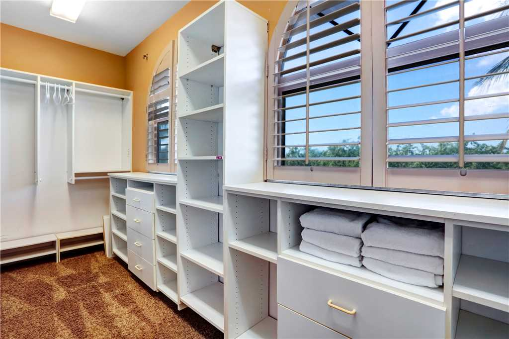 King Dolphin Hideaway 4 Bedrooms Private Heated Pool Spa Bay Views House/Cottage rental in Fort Myers Beach House Rentals in Fort Myers Beach Florida - #10