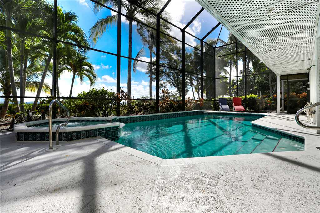 King Dolphin Hideaway 4 Bedrooms Private Heated Pool Spa Bay Views House/Cottage rental in Fort Myers Beach House Rentals in Fort Myers Beach Florida - #22
