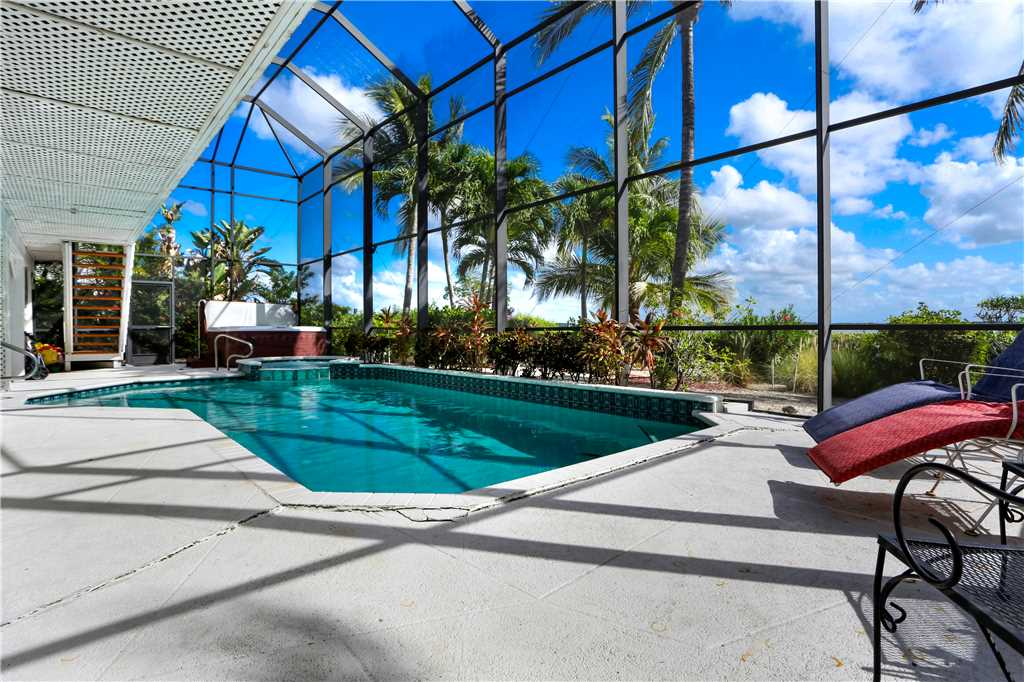 King Dolphin Hideaway 4 Bedrooms Private Heated Pool Spa Bay Views House/Cottage rental in Fort Myers Beach House Rentals in Fort Myers Beach Florida - #23