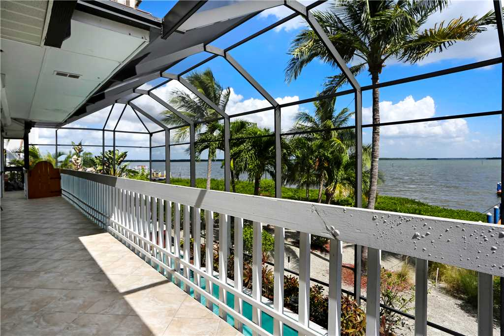 King Dolphin Hideaway 4 Bedrooms Private Heated Pool Spa Bay Views House/Cottage rental in Fort Myers Beach House Rentals in Fort Myers Beach Florida - #24