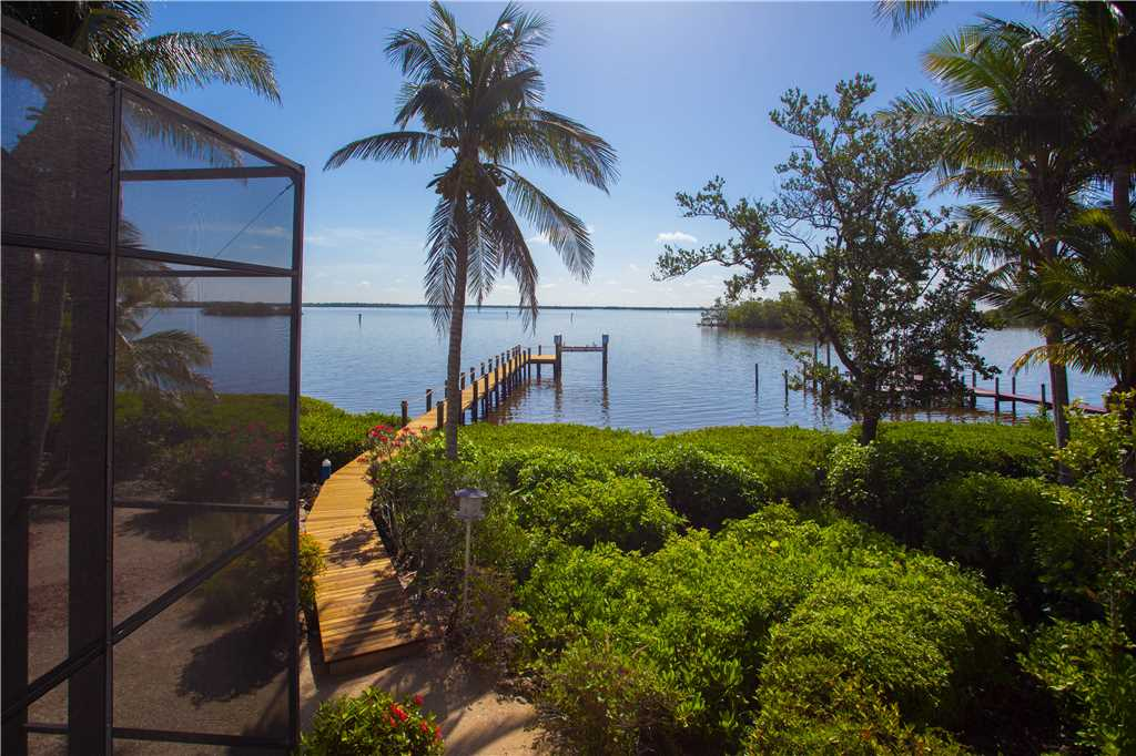 King Dolphin Hideaway 4 Bedrooms Private Heated Pool Spa Bay Views House/Cottage rental in Fort Myers Beach House Rentals in Fort Myers Beach Florida - #28