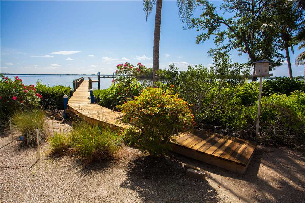 King Dolphin Hideaway 4 Bedrooms Private Heated Pool Spa Bay Views House/Cottage rental in Fort Myers Beach House Rentals in Fort Myers Beach Florida - #29