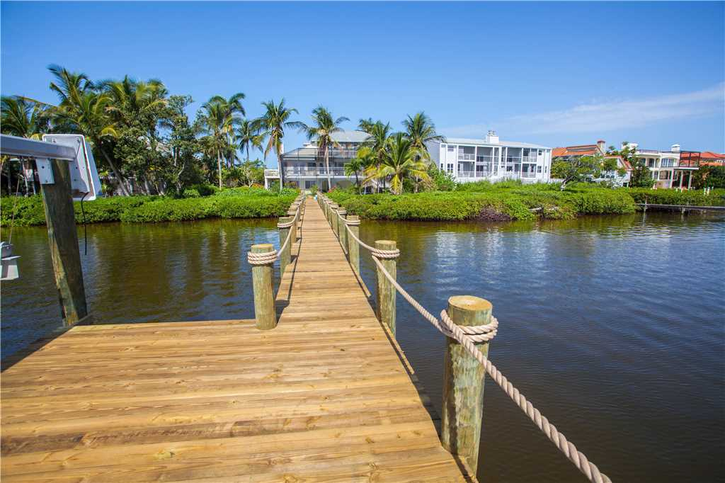 King Dolphin Hideaway 4 Bedrooms Private Heated Pool Spa Bay Views House/Cottage rental in Fort Myers Beach House Rentals in Fort Myers Beach Florida - #31