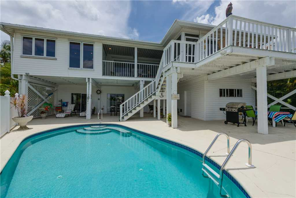 Lagoon Beach House 3 Bedrooms Walk to Gulf Private Pool Sleeps 6 House / Cottage rental in Fort Myers Beach House Rentals in Fort Myers Beach Florida - #3