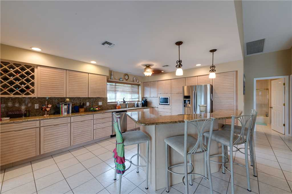 Lagoon Beach House 3 Bedrooms Walk to Gulf Private Pool Sleeps 6 House / Cottage rental in Fort Myers Beach House Rentals in Fort Myers Beach Florida - #9