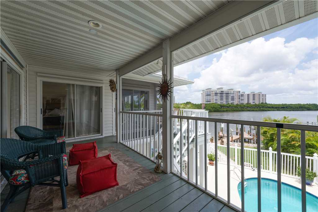 Lagoon Beach House 3 Bedrooms Walk to Gulf Private Pool Sleeps 6 House / Cottage rental in Fort Myers Beach House Rentals in Fort Myers Beach Florida - #19