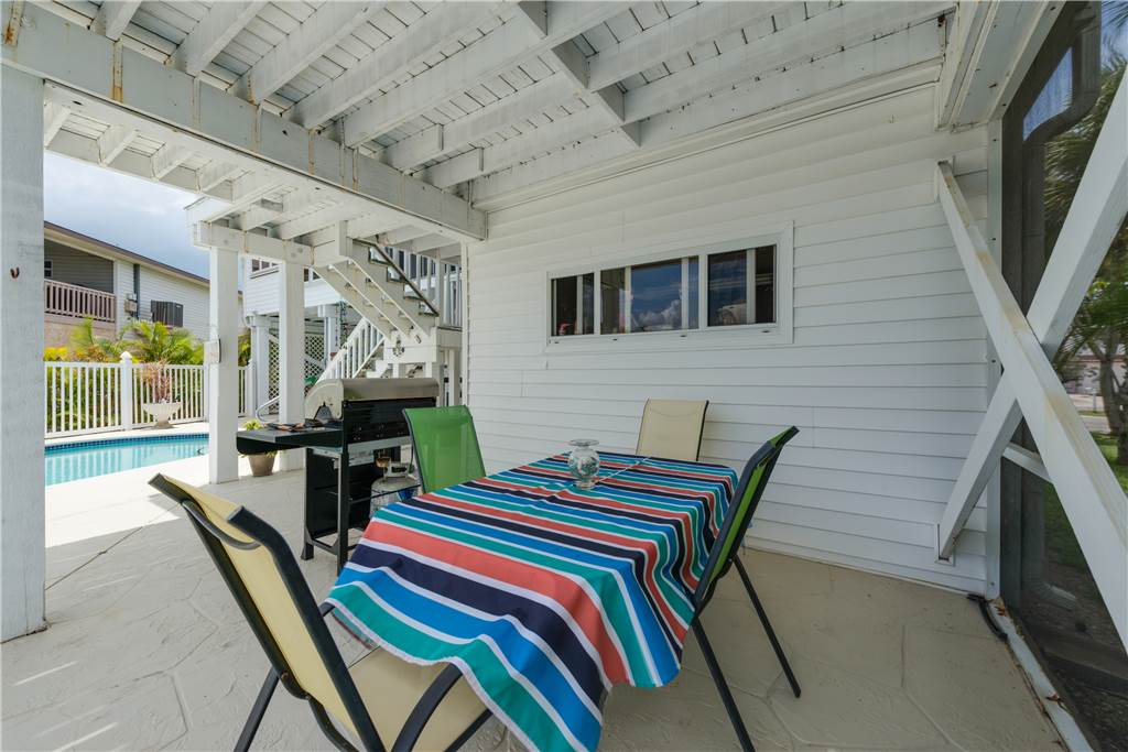 Lagoon Beach House 3 Bedrooms Walk to Gulf Private Pool Sleeps 6 House / Cottage rental in Fort Myers Beach House Rentals in Fort Myers Beach Florida - #29