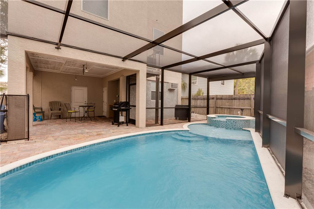 Miramar Beach House 4 Bedroom Private Heated Pool Spa Sleeps 8 House/Cottage rental in Fort Myers Beach House Rentals in Fort Myers Beach Florida - #24