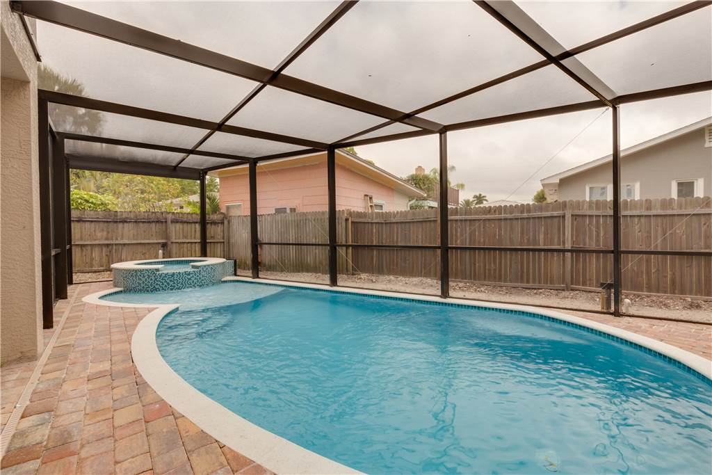 Miramar Beach House 4 Bedroom Private Heated Pool Spa Sleeps 8 House/Cottage rental in Fort Myers Beach House Rentals in Fort Myers Beach Florida - #25