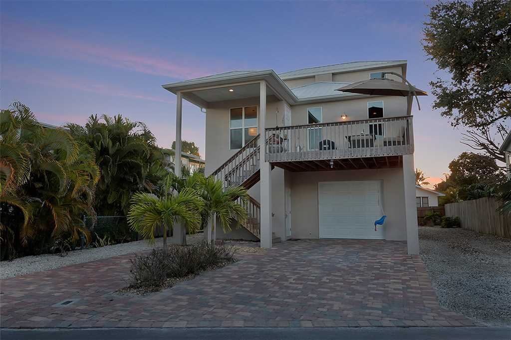 Miramar Beach House 4 Bedroom Private Heated Pool Spa Sleeps 8 House/Cottage rental in Fort Myers Beach House Rentals in Fort Myers Beach Florida - #27