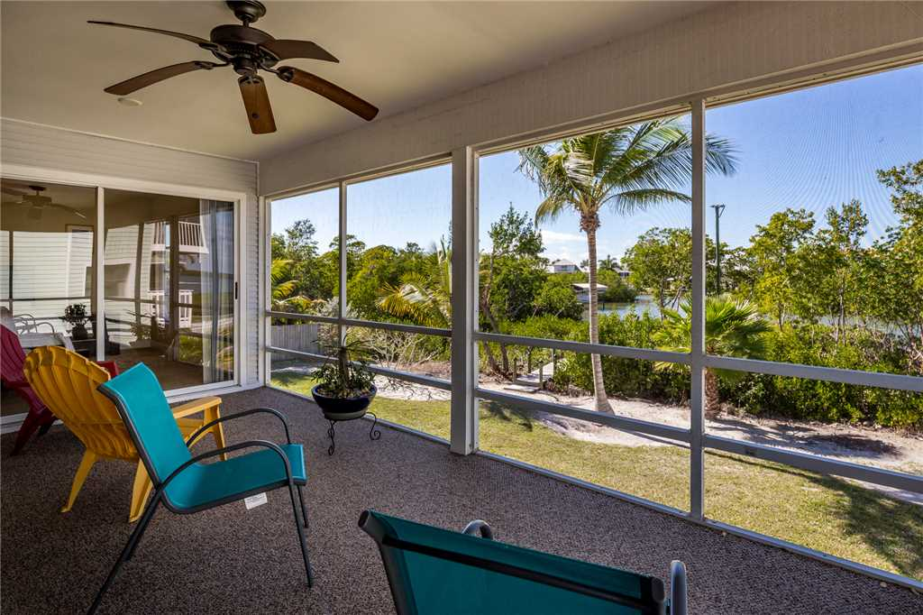 Mystic Dolphin 1 2 Bedrooms Walk to the Gulf Sleeps 6 House / Cottage rental in Fort Myers Beach House Rentals in Fort Myers Beach Florida - #1