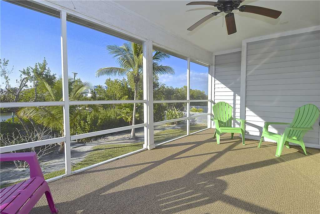 Mystic Dolphin 2 2 Bedrooms Walk to the Gulf Sleeps 6 WIFI House/Cottage rental in Fort Myers Beach House Rentals in Fort Myers Beach Florida - #2