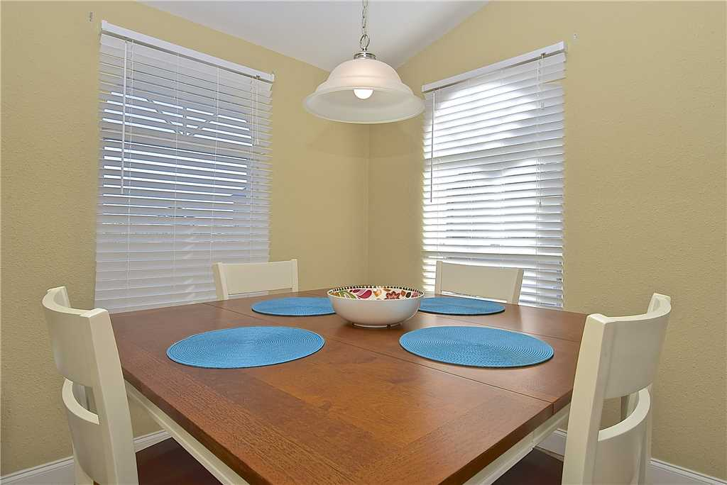 Mystic Dolphin 2 2 Bedrooms Walk to the Gulf Sleeps 6 WIFI House/Cottage rental in Fort Myers Beach House Rentals in Fort Myers Beach Florida - #6