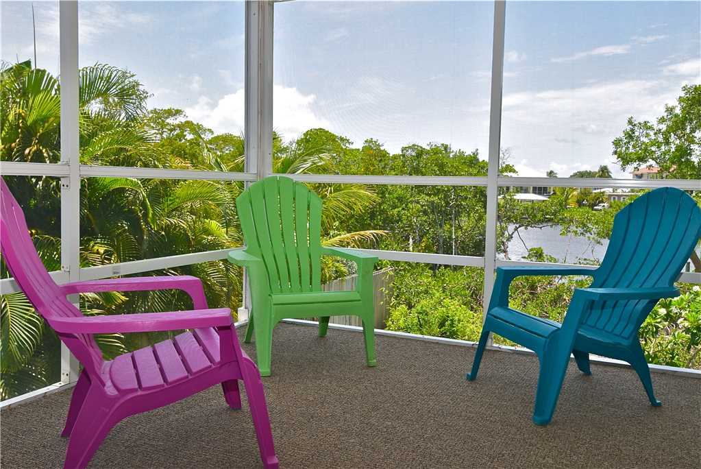 Mystic Dolphin 2 2 Bedrooms Walk to the Gulf Sleeps 6 WIFI House/Cottage rental in Fort Myers Beach House Rentals in Fort Myers Beach Florida - #19