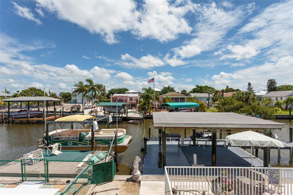 Primo Pool Home 4 bedrooms Heated Pool Sleeps 12 House/Cottage rental in Fort Myers Beach House Rentals in Fort Myers Beach Florida - #2