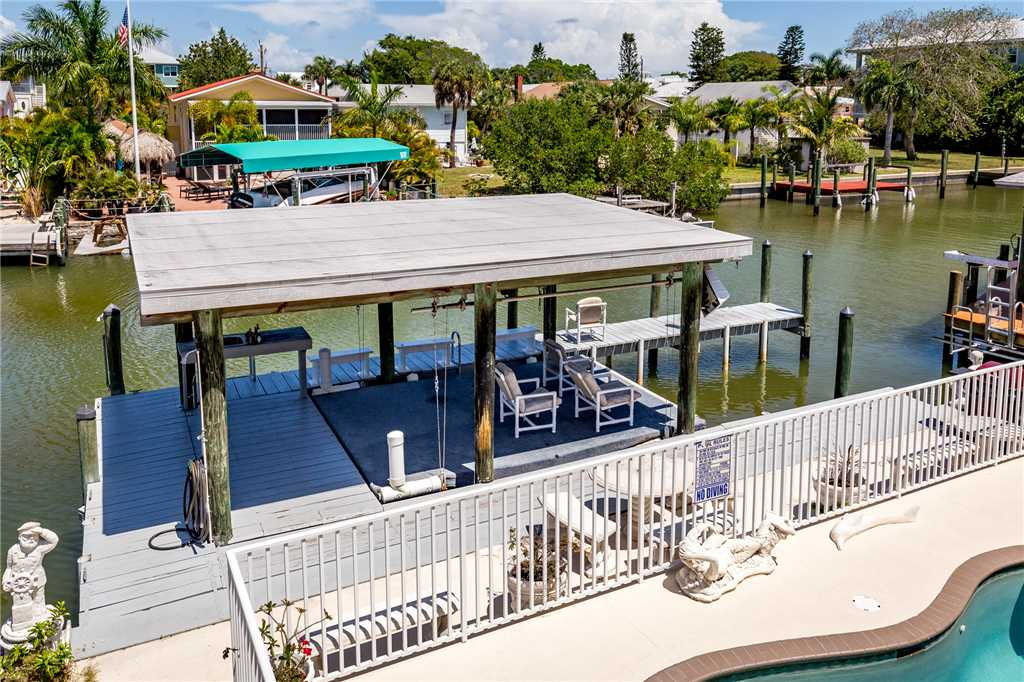 Primo Pool Home 4 bedrooms Heated Pool Sleeps 12 House/Cottage rental in Fort Myers Beach House Rentals in Fort Myers Beach Florida - #39