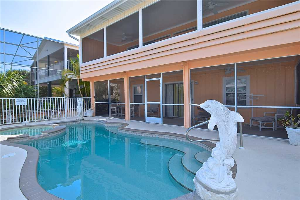 Primo Pool Home Lower 2 Bedrooms Pool Sleeps 6 House / Cottage rental in Fort Myers Beach House Rentals in Fort Myers Beach Florida - #1
