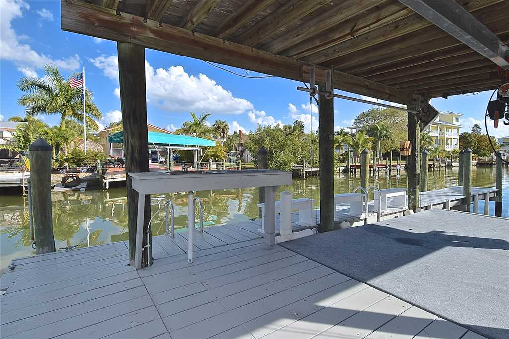 Primo Pool Home Lower 2 Bedrooms Pool Sleeps 6 House/Cottage rental in Fort Myers Beach House Rentals in Fort Myers Beach Florida - #16