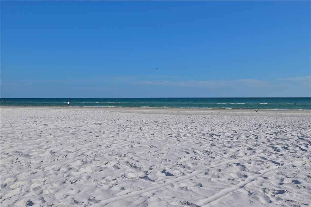Primo Pool Home Lower 2 Bedrooms Pool Sleeps 6 House/Cottage rental in Fort Myers Beach House Rentals in Fort Myers Beach Florida - #26
