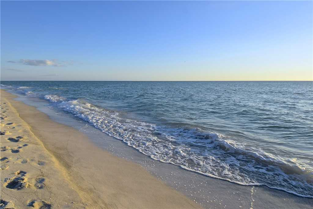 Primo Pool Home Lower 2 Bedrooms Pool Sleeps 6 House/Cottage rental in Fort Myers Beach House Rentals in Fort Myers Beach Florida - #27