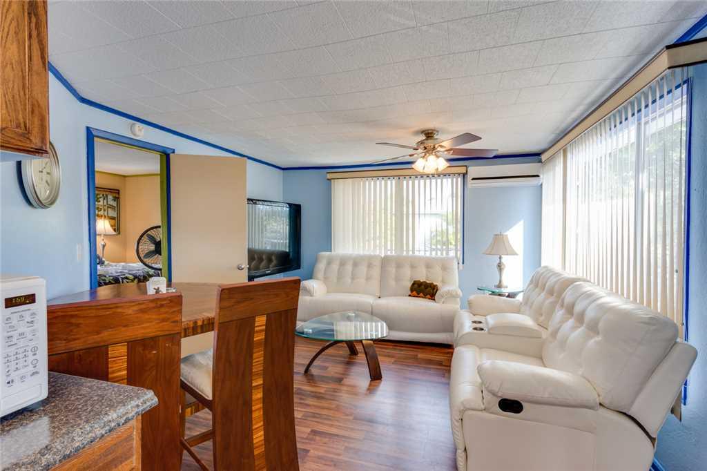 Snowbird Landing 1 Bedroom Pet Friendly Sleeps 3 House/Cottage rental in Fort Myers Beach House Rentals in Fort Myers Beach Florida - #3