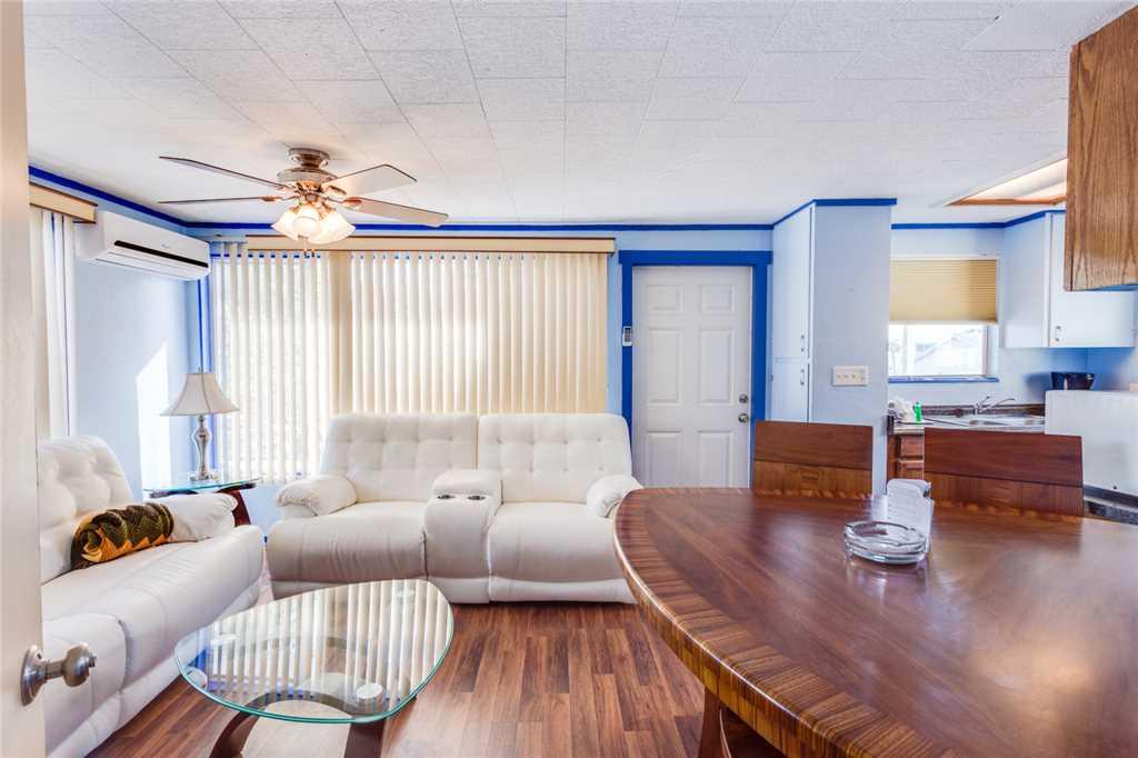 Snowbird Landing 1 Bedroom Pet Friendly Sleeps 3 House/Cottage rental in Fort Myers Beach House Rentals in Fort Myers Beach Florida - #4