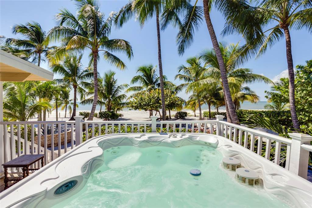Tropical Paradise 3 Bedrooms Gulf Beach Front Heated Spa Sleeps 8 House/Cottage rental in Fort Myers Beach House Rentals in Fort Myers Beach Florida - #1