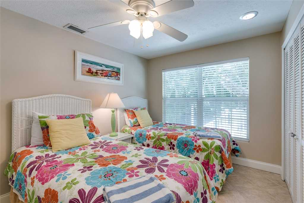 Tropical Paradise 3 Bedrooms Gulf Beach Front Heated Spa Sleeps 8 House/Cottage rental in Fort Myers Beach House Rentals in Fort Myers Beach Florida - #16
