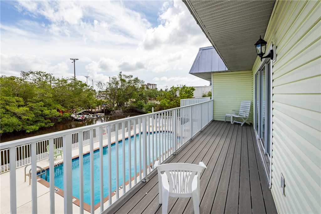 Tropical Shores 2 Upper Floor 2 Bedrooms Heated Pool