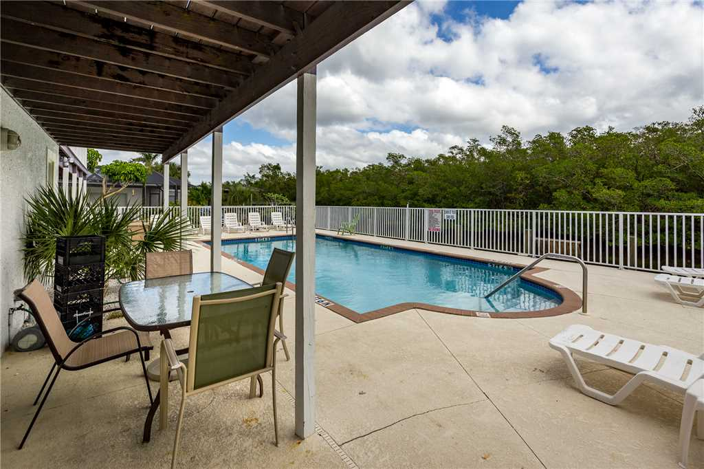 Tropical Shores 2 Upper Floor 2 Bedrooms Heated Pool House / Cottage rental in Fort Myers Beach House Rentals in Fort Myers Beach Florida - #12
