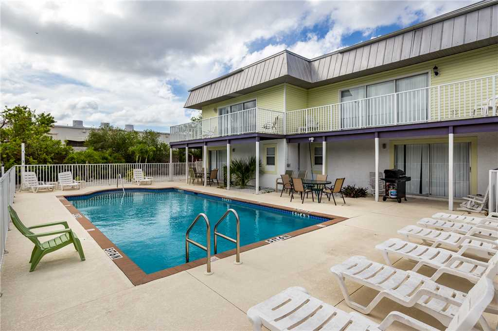 Tropical Shores Downstairs 2 Bedrooms Heated Pool Sleeps 10 House / Cottage rental in Fort Myers Beach House Rentals in Fort Myers Beach Florida - #1