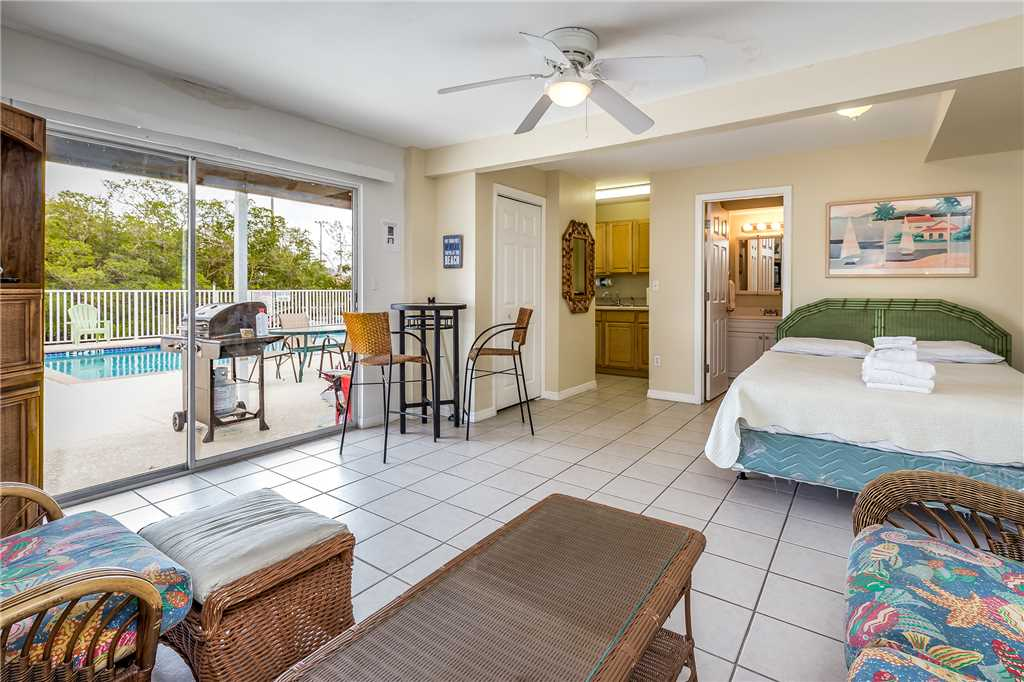 Tropical Shores Downstairs 2 Bedrooms Heated Pool Sleeps 10 House / Cottage rental in Fort Myers Beach House Rentals in Fort Myers Beach Florida - #15