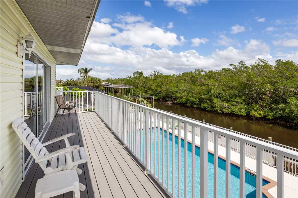 Tropical Shores Upper Level 4 Bedroom Private Heated Pool Sleeps 12 House / Cottage rental in Fort Myers Beach House Rentals in Fort Myers Beach Florida - #21