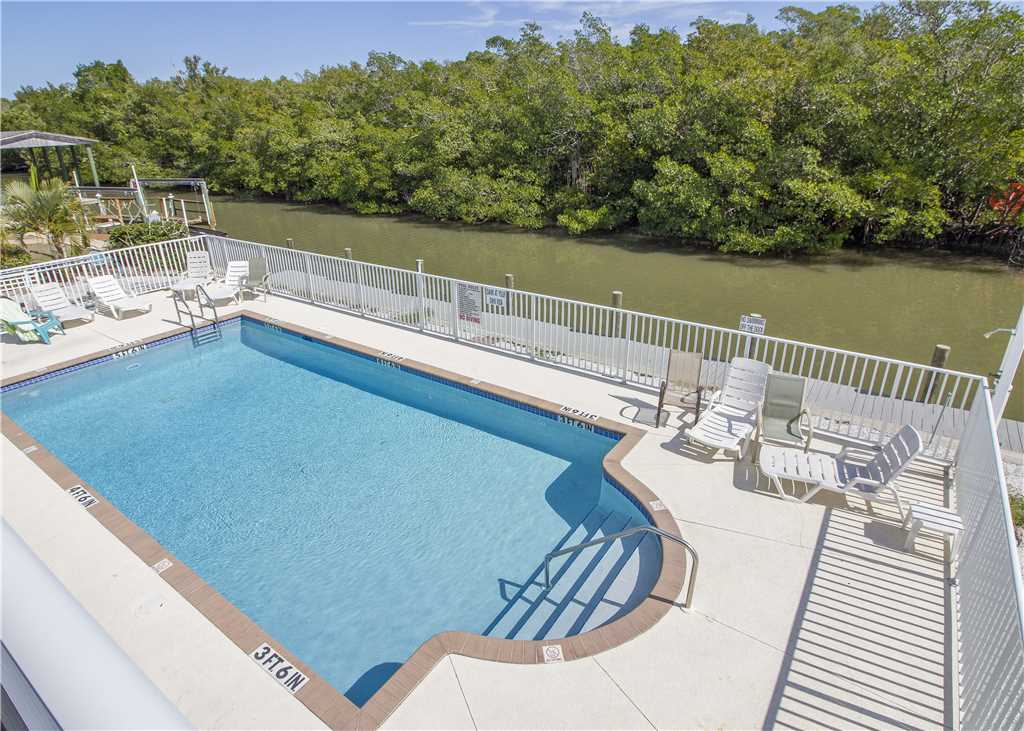 Tropical Shores Upper Level 4 Bedroom Private Heated Pool Sleeps 12 House / Cottage rental in Fort Myers Beach House Rentals in Fort Myers Beach Florida - #23
