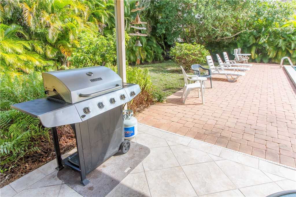 USS Gulf Breeze Beach 5 BR and Loft  Private Pool Gulf Views Sleeps 16 House/Cottage rental in Fort Myers Beach House Rentals in Fort Myers Beach Florida - #37