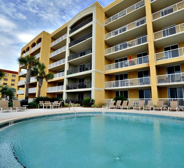 Swimming pool and sundeck at Azure Fort Walton Beach