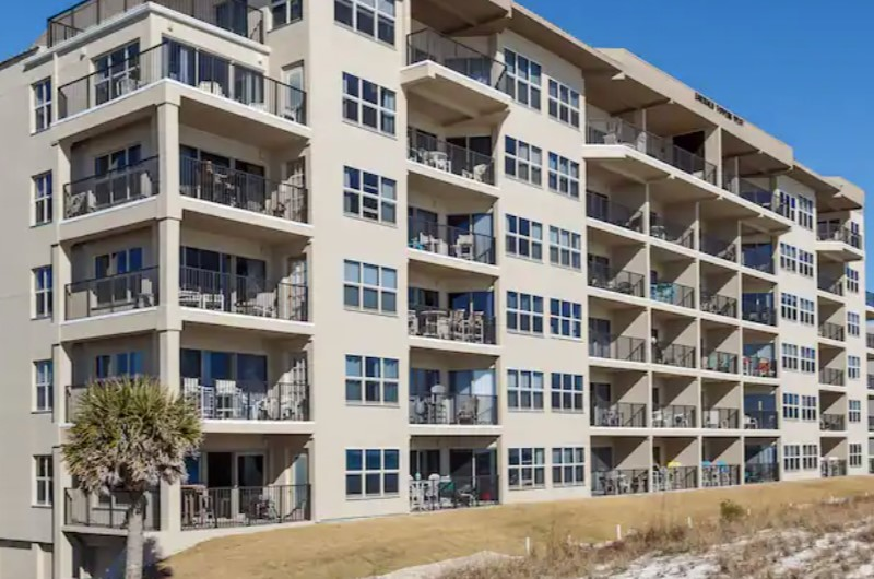 Emerald Towers West - https://www.beachguide.com/fort-walton-vacation-rentals-emerald-towers-west--172-0-20216-141.jpg?width=185&height=185