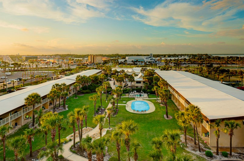 Four Points Sheraton Hotel - https://www.beachguide.com/fort-walton-vacation-rentals-four-points-sheraton-hotel--264-0-20217-481.jpg?width=185&height=185