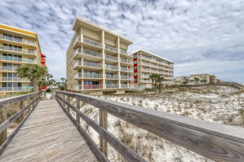 Gulfside Condominiums - https://www.beachguide.com/fort-walton-vacation-rentals-gulfside-condominiums--232-0-20216-141.jpg?width=185&height=185