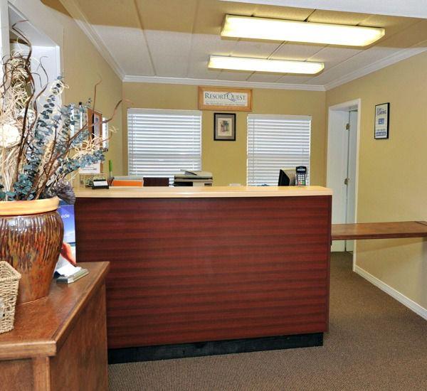 Convenient check-in Island Echos Condominiums in Fort Walton Florida