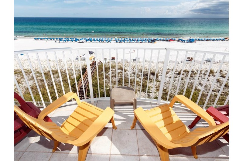 Relax while looking over the gorgeous beach and water at Island Princess in Fort Walton Beach FL