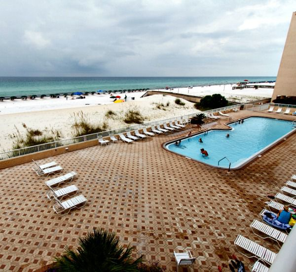Large sun deck at Islander Beach Resort  in Fort Walton Florida