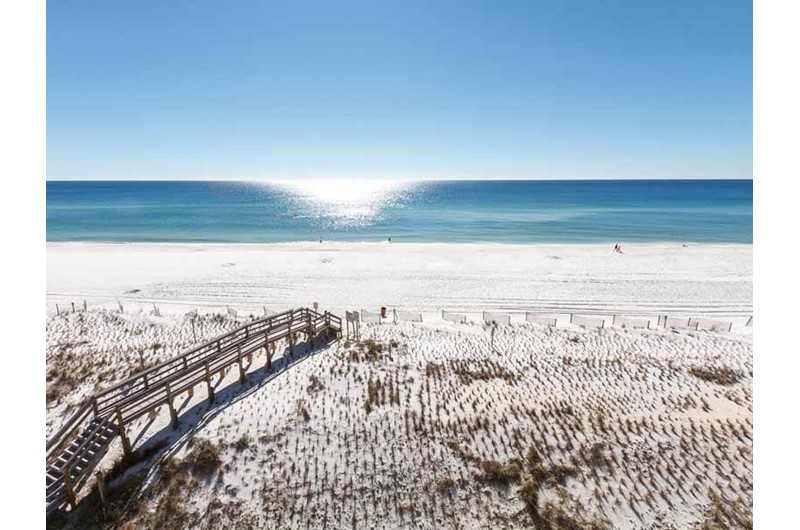 Easy access to the beach and water from Pelican Isle Condos in Fort Walton Florida