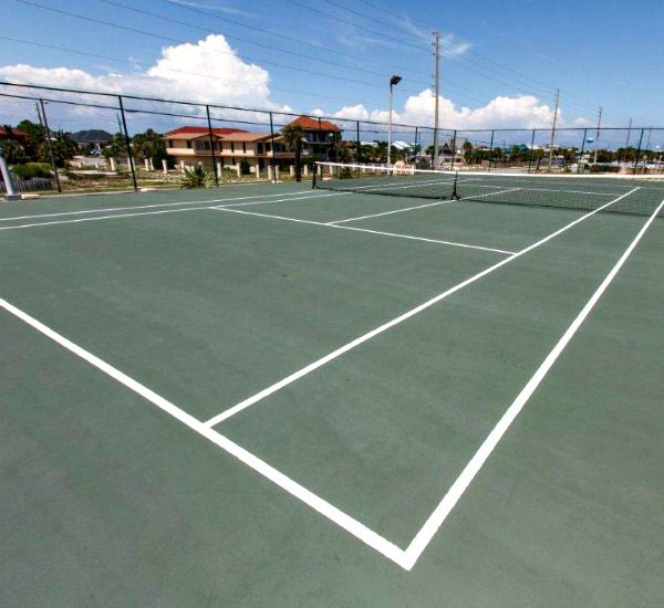 Tennis courts at Surf Dweller Fort Walton Beach