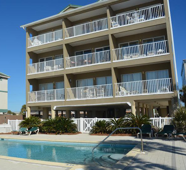 Pool view of the Veranda Condominiums in Fort Walton Beach FL