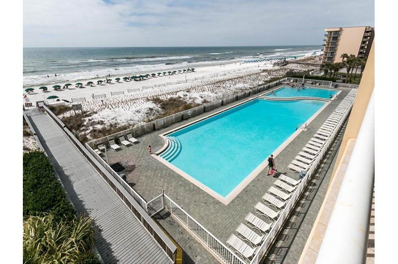 Huge pool at Waters Edge Condos in Fort Walton FL