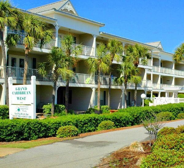 The one bedroom rentals sleeps six at the Grand Caribbean Condo Rentals in Destin Florida